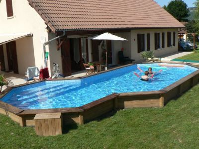 Piscine en bois semi enterr e for Piscine semi enterree en bois pas cher